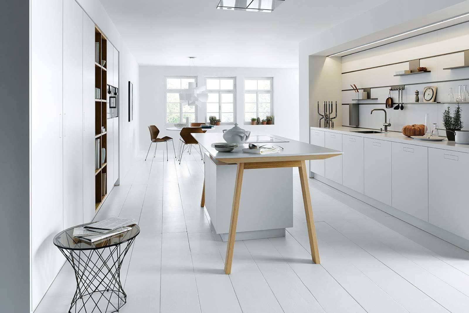 Minimalistische Küche weiß