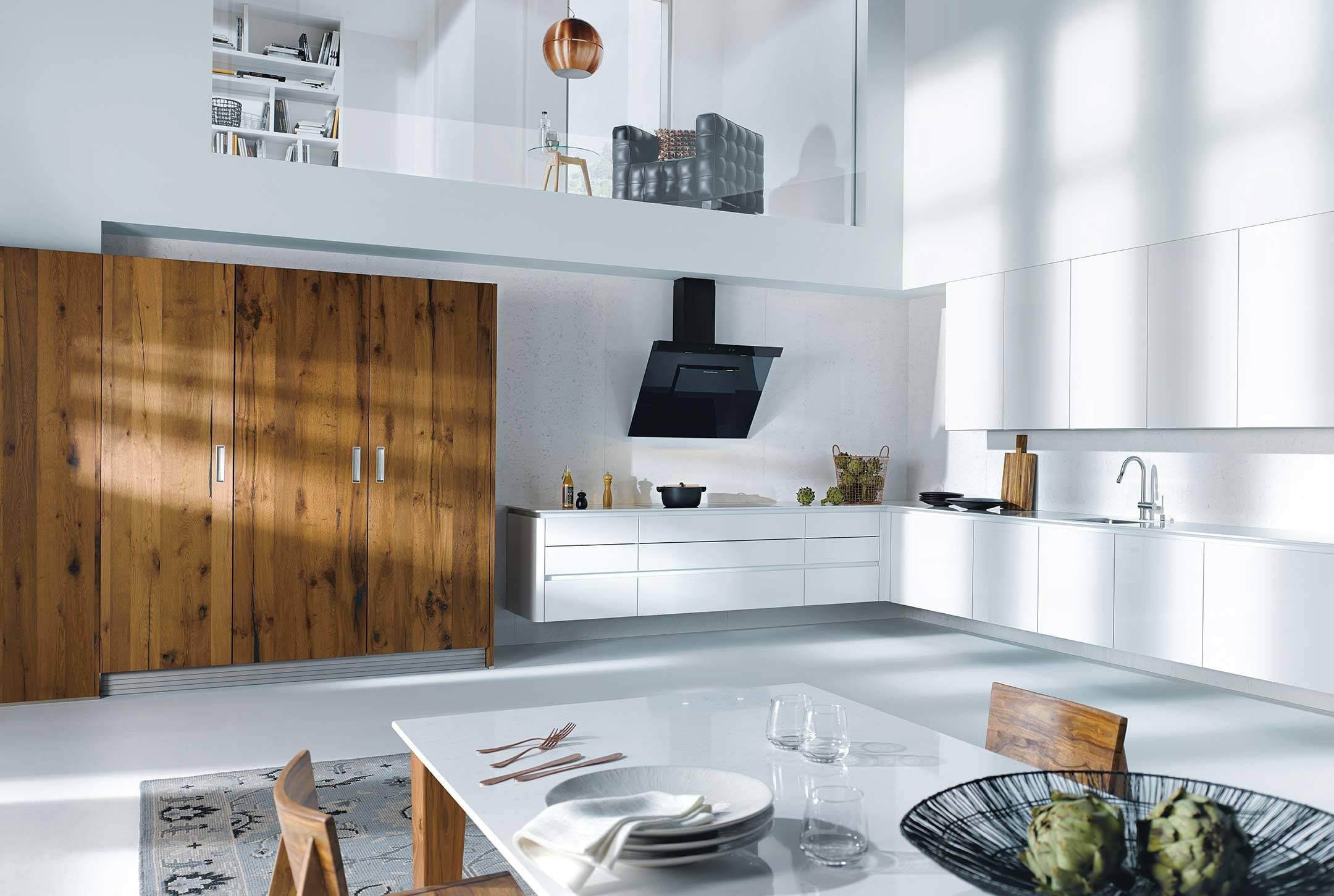 Küche Wohn- und Essbereich weiß
